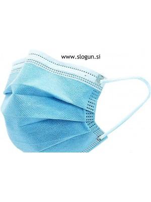 Zaščitna maska v svetlo modri barvi za enkratno uporabo
