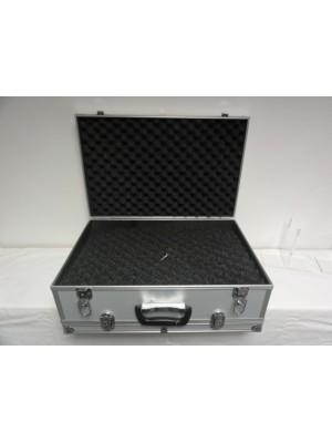 Rabljeni kovček za prenašanje kratkocevnega orožja