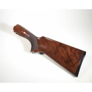 PRIHAJA!!! Rabljeno lepo ohranjeno leseno kopito za šibrenico BERETTA, model: 682 (kopito je za desničarje)