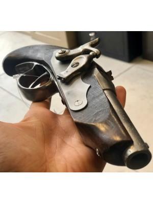 Dekorativna rabljena pištola z lesenim ogrodjem (337337)