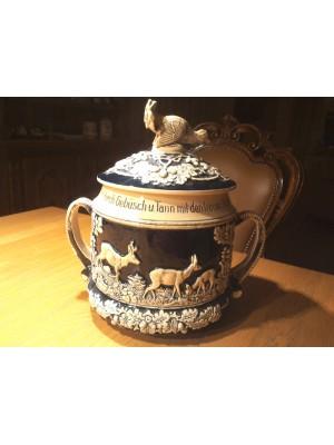 PRIHAJA!!! Keramična posoda z lovskimi motivi - bovla - za rum ali kakšno drugo pijačo (kapaciteta: 6 litrov)