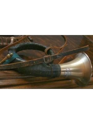 Rabljen lovski rog z ustnikom in usnjenim pasom