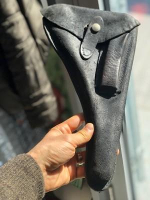 Rabljeni usnjeni etui za pištolo Luger P04 Marin