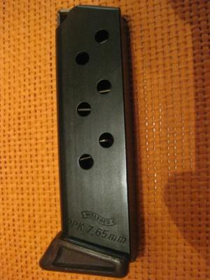 PRIHAJA!!! Rabljen nabojnik za pištolo Walther, model: PPK, kal. 7,65 mm