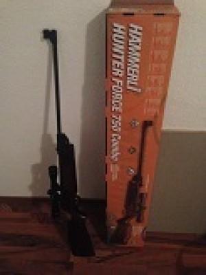 Hammerli rabljena zračna puška, model: Hunter Force 750, kal.4,5mm + strelni daljnogled Hammerli 4x32