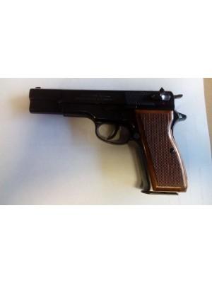 Feg rabljena polavtomatska pištola, model: P9, kal.9mm para (Ser.št.: OR9734)