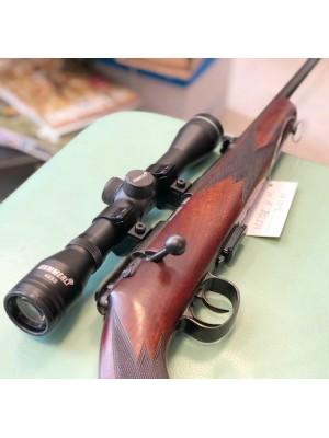 Anschutz rabljena mk repetirna risanica, kal. 22 Magnum + montaža + strelni daljnogled Hammerli 4x32