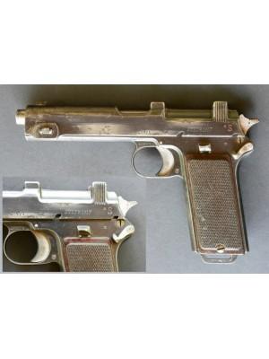 Steyr rabljena zbirateljska pištola, model: M 12, kal. 9mm Steyr