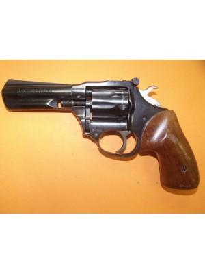 """High Standard rabljeni revolver, model: Sentinel MK IV, kal.22 Mag. s 4"""" cevjo"""