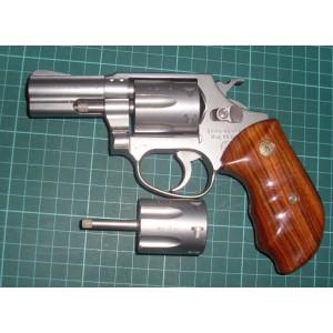 Erma rabljeni mk revolver, model: 442, kal. 22 WMR + menjalni boben 22 LR