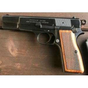 PRIHAJA!!! Feg rabljena pištola, kal. 9mm para