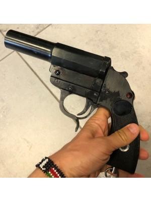 DUV 42 rabljena vojaška signalna pištola iz II.Svetovne vojne, kal. 4