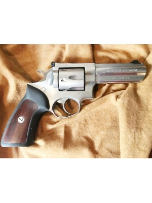 """Ruger rabljeni STAINLESS revolver, model: GP 100, kal. 357 Magnum (4"""" cev) (šifra slogun: 006406)"""
