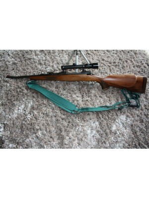 Anschutz rabljena lovska risanica, kal.30-06 + strelni daljnogled Kahles Helia-Super 1,5-4,5x20 (REZERVIRANO)