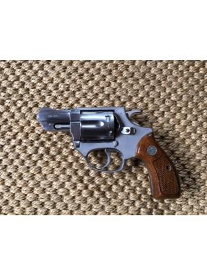 """Astra rabljeni revolver, model: 660 inox, kal.38 Spec. s 2"""" cevjo"""