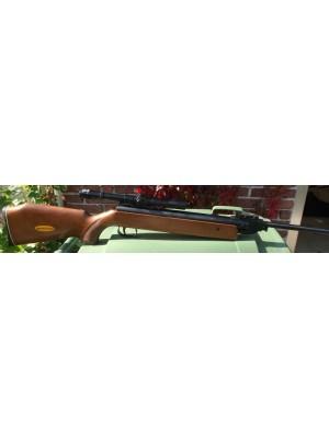 PRIHAJA!!! Anschutz rabljena zračna puška, model: 335, kal. 4,5 mm + montaža in strel.daljn. Ohta 4x20