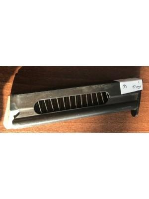 Rabljeni nabojnik za pištolo Unique, model: D6, kal. 22 LR