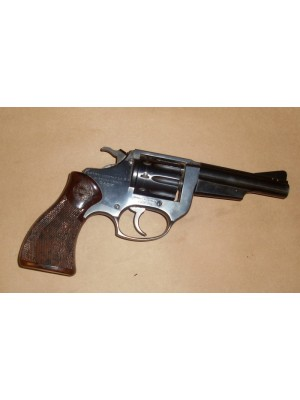Astra rabljeni MK revolver, model: cadix, kal.22LR