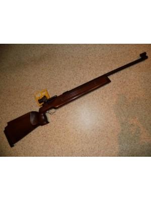 Suhl rabljena tekmovalna malokalibrska puška, model:150 Standard, kal.22LR (PRODANO)