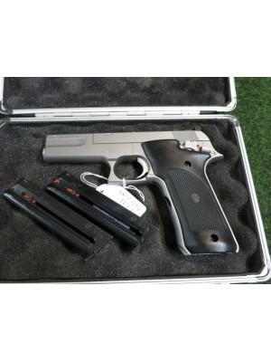 Smith&Wesson rabljena malokalibrska polavtomatska pištola, model: 2206, kal. 22 LR