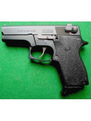 Smith&Wesson rabljena kompaktna polavtomatska pištola, model: 469, kal. 9mm Luger