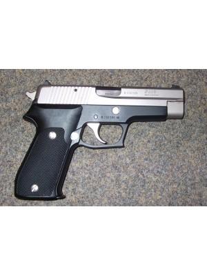 Sig Sauer Duotone rabljena polavtomatska pištola, model: P220, kal. 9mm Para