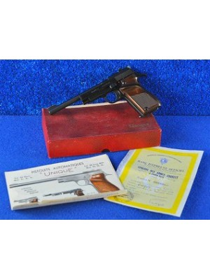 """Unique malo rabljena malokalibrska pištola (od zbiratelja!), model: D6, kal. 22 LR s 6"""" cevjo"""