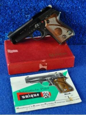 Unique rabljena malokalibrska pištola iz zbirateljski rok, model: L, kal. 22 LR