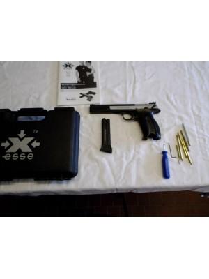 Hammerli rabljena malokalibrska tekmovalna pištola, model: X-Esse, kal.22LR (PRODANO)