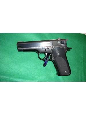 """Smith&Wesson rabljena polavtomatska pištola, model: 59, kal.9mm para s 4"""" cevjo"""