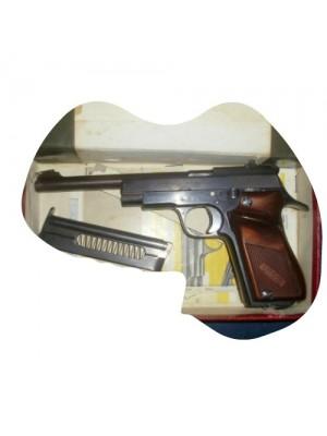 Unique rabljena malokalibrska pištola, model: D6, kal.22LR