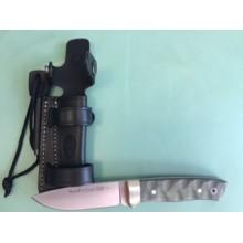 Muela fixed knife, model: Kodiak 10G.M with firestarter